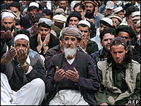 Afghans attending Friday prayers in Kabul