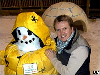 Snowman wrapped in insulation with Aled Jones.  Image: PA