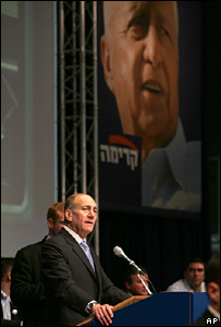 Ehud Olmert speaks after Kadima's election victory