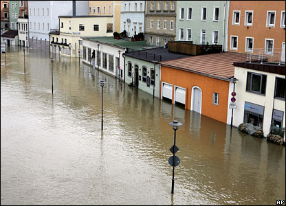 The River Donau floods the promenade in Passau, southern Germany