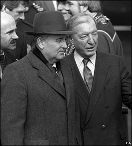 1999 - Soviet President Mikhail Gorbachev (left) and Irish Prime Minister Charles Haughey at Shannon Airport.