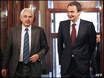 Pascual Maragall, presidente del gobierno autónomo catalán, izq., y el presidente del gobierno español José Luis Rodríguez Zapatero.
