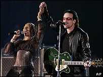 Mary J Blige with Bono