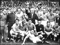 Italy celebrate victory in France