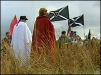 protesters on sheriffmuir
