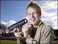 Steven Naismith picks up a Bank of Scotland award