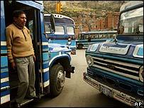 Los autobuses bloquearon algunas calles de La Paz