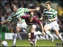 Roman Bednar escapes from Bobo Balde and Stilian Petrov