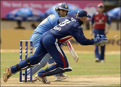 Rahul Dravid sees his shot avoid England wicket-keeper Matt Prior