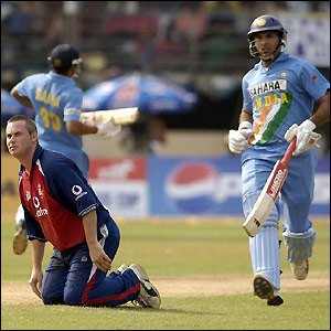 Yuvraj and Raina put on 72 to put India within sight of victory