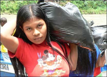 Mujer de la tribu Wounaan (M.H. Verney/UNHCR)