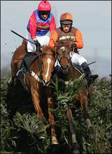 Sam Wahley-Cohen riding Liberthine
