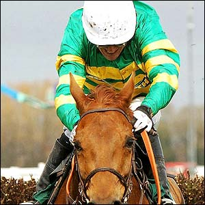 Tony McCoy and Foreman win the Maghull Novices' Chase