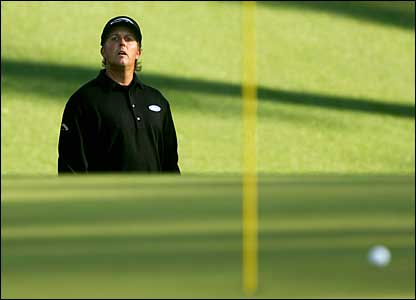 Phil Mickelson on the 10th green