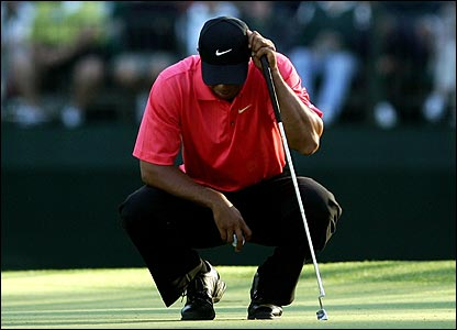 Tiger Woods on the 15th green