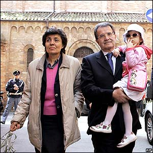 Romano Prodi with wife Flavia and granddaughter Chiara