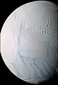 La luna Encedalus (NASA/JPL/SSI)