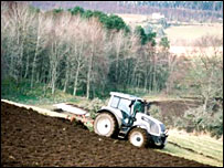 Tractor in Cairngorms National Park - image courtesy of Stewart Grant/CNPA