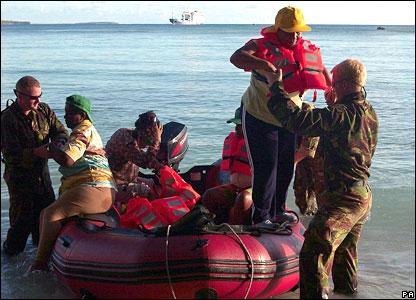 Former islanders arrive by boat