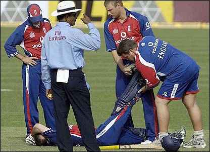 Strauss is treated after suffering from cramp