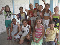 Ni�os pacientes en Cuba. Fotos: Raquel P�rez