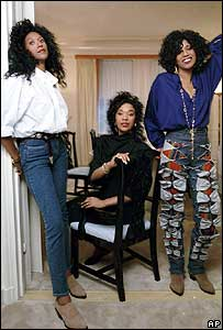 (L-R) Ruth, June and Anita Pointer in 1990