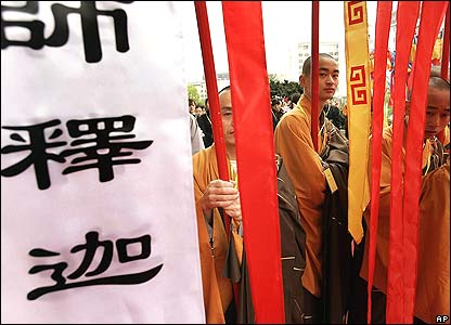 Buddhist monks prepare for the opening of the five-day World Buddhist Forum