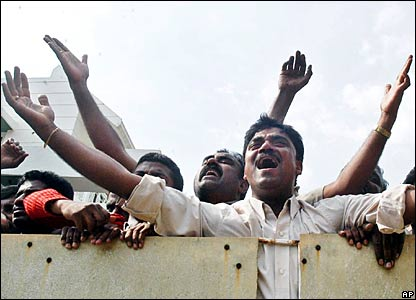 Mourners react hearing the news of Rajkumar's death