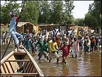 Leaving the village of Dugarri