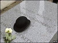 Tumba de Beckett en París.