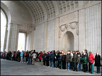 Crowds at the Menen Gate in Ypres where