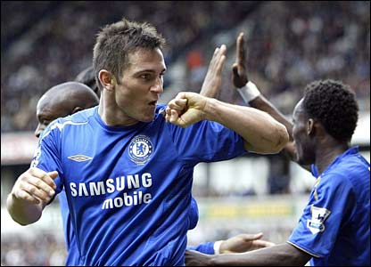 Frank Lampard celebrates the second goal against Bolton at The Reebok