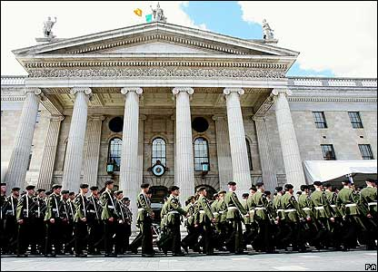 Army march past Dublin GPO