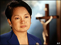 Gloria Arroyo prepares for her Lenten message [photo released by the presidential palace]