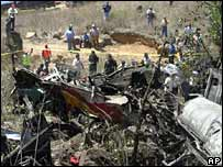 Bus wreckage in Cumbres de Maltrata, Veracruz, Mexico