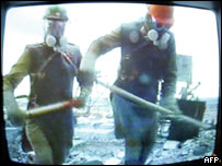 Liquidators clearing radioactive rubbish in 1986