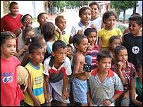 Niños del Carmen de Bolívar participan en un programa de televisión