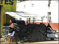 Trinchera de la policía en el Carmen de Bolivar