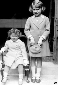 Princess Elizabeth and Princess Margaret in 1933