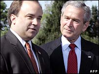 Scott McClellan (left) and US President George W Bush