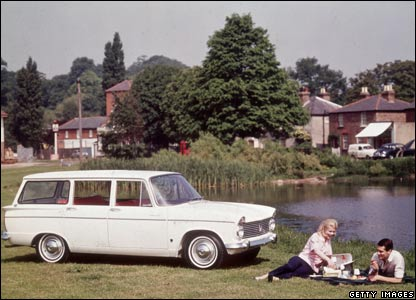Hillman Super Minx: Photo by Keystone/Getty Images)
