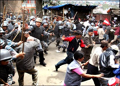 Police baton charge protesters in Kathmandu