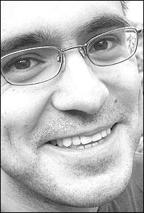 Ángel Gurría Quintana, periodista mexicano, correrá el Maratón de Londres por segunda vez