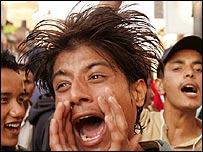 Protester shouts slogan against king in Kathmandu
