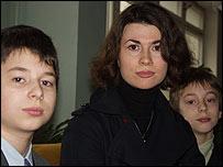 De izq a derecha: Oleg, Olga y Daniel