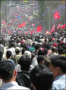 Nepalis join Tuesday's victory parade (image: Daniel Sweeting)