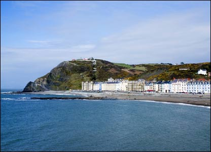 The view from Aberystwyth Pier looking back at the headland (Dorian Creber)