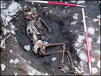 Orkney skeleton (pic: Historic Scotland/Orkney Archaeological Trust)
