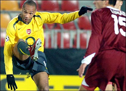 Thierry Henry scores a spectacular goal against Sparta