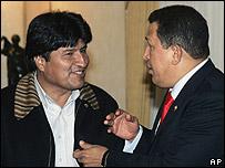 Presidentes de Bolivia y Venezuela, Evo Morales y Hugo Chávez.